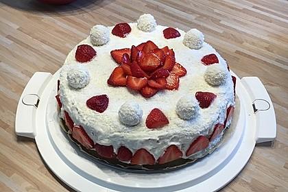 Erdbeer-Raffaello-Torte 91