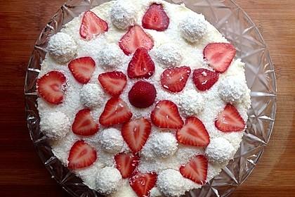 Erdbeer-Raffaello-Torte 77