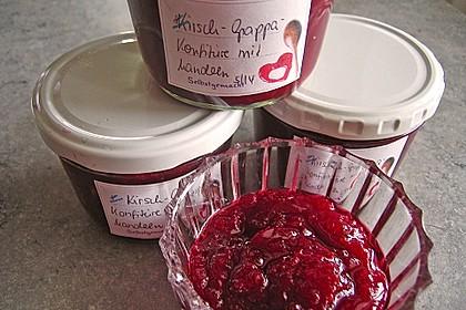 Kirsch - Grappa - Konfitüre mit Mandeln (Bild)