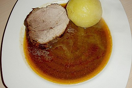 Schweinerollbraten in Biersauce 8