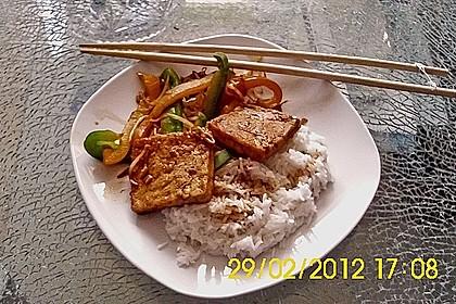Gebratener Tofu auf Gemüse 3