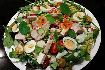 Bunter Salat mit Putenbruststreifen 2