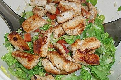 Bunter Salat mit Putenbruststreifen 5