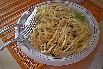 Spaghetti aglio / olio alla Romana 2