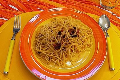 Spaghetti aglio / olio alla Romana 4