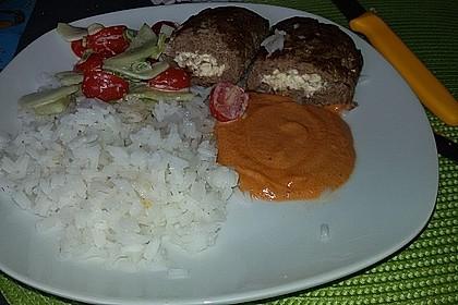 Beefsteaks mit Schafskäse 60