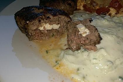 Beefsteaks mit Schafskäse 61