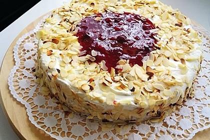 Windbeutel-Torte 64