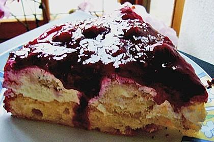 Windbeutel-Torte 151