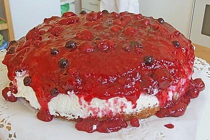 Windbeutel-Torte 155