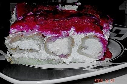 Windbeutel-Torte 146