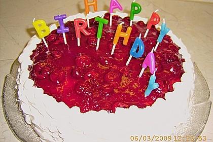 Windbeutel-Torte 139