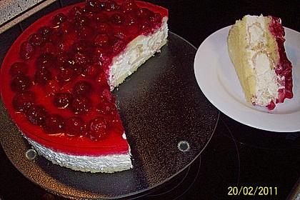 Windbeutel-Torte 38