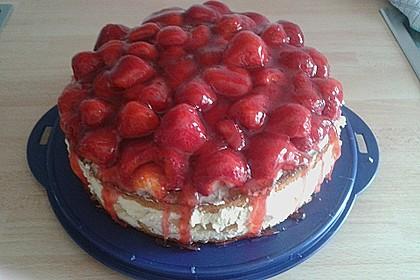 Windbeutel-Torte 148