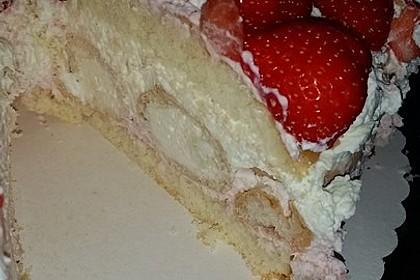 Windbeutel-Torte 154