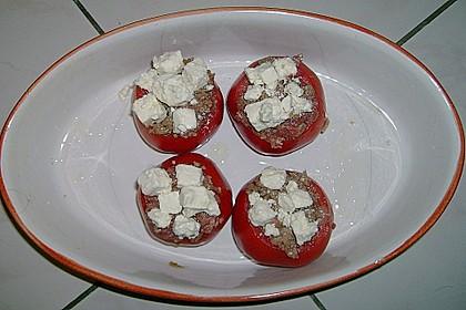 Gefüllte Tomaten mit Hackfleisch, Schafskäse und Thymian 2