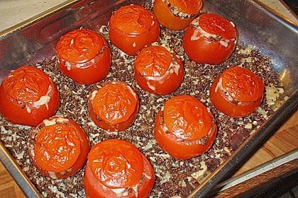 Gefüllte Tomaten mit Hackfleisch, Schafskäse und Thymian