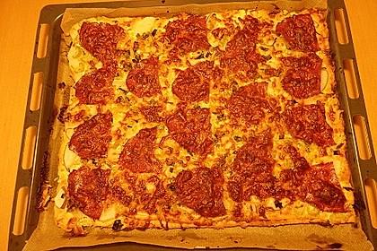 Birnen - Salami - Pizza