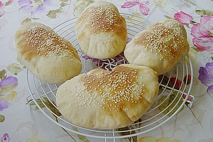 Pita - Brot mit Sesam 5