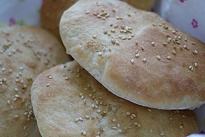 Pita - Brot mit Sesam 7