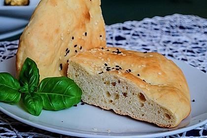 Pita - Brot mit Sesam 1