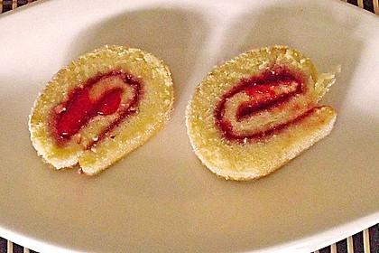 Blitzschnelle Gebäckrolle mit Marmelade 38