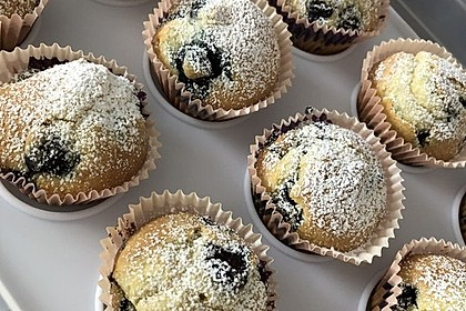 Mile high Blueberry Muffins 8
