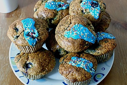 Mile high Blueberry Muffins 136