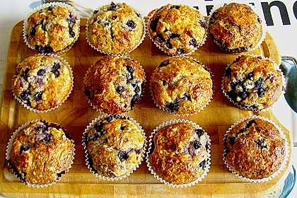 Mile high Blueberry Muffins 20
