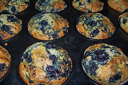Mile high Blueberry Muffins 90