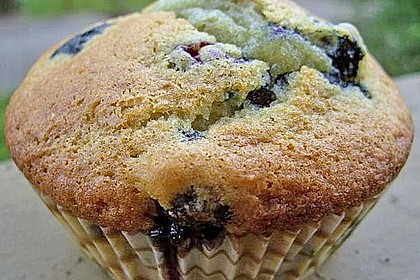 Mile high Blueberry Muffins 16