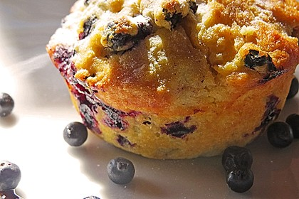Mile high Blueberry Muffins 3