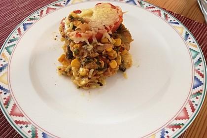 Bunter Gemüseauflauf mit Paprika, Champignons, Schinken und Reis 19