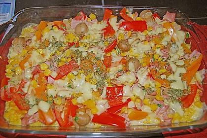 Bunter Gemüseauflauf mit Paprika, Champignons, Schinken und Reis 10