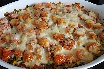 Bunter Gemüseauflauf mit Paprika, Champignons, Schinken und Reis 3