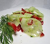 Ungarischer Gurkensalat (Bild)
