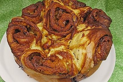 Rosenkuchen mit Karamell - Birnen