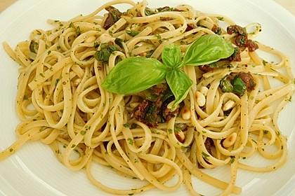 Spaghetti mit getrockneten Tomaten 11