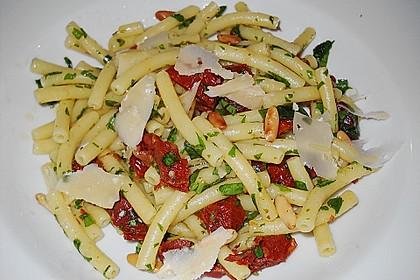 Spaghetti mit getrockneten Tomaten 28