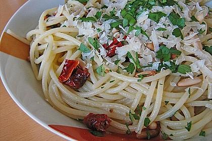 Spaghetti mit getrockneten Tomaten 5