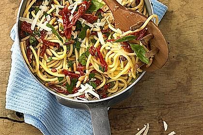 Spaghetti mit getrockneten Tomaten 2