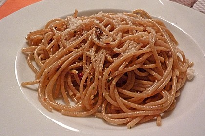 Spaghetti mit getrockneten Tomaten 35