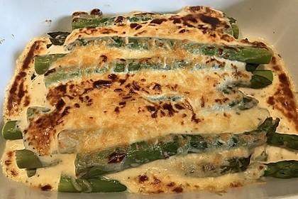 Albertos grüner Spargel mit Parmesancreme 58
