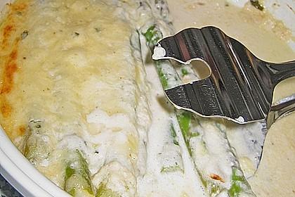 Albertos grüner Spargel mit Parmesancreme 82