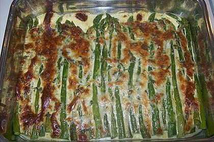 Albertos grüner Spargel mit Parmesancreme 53