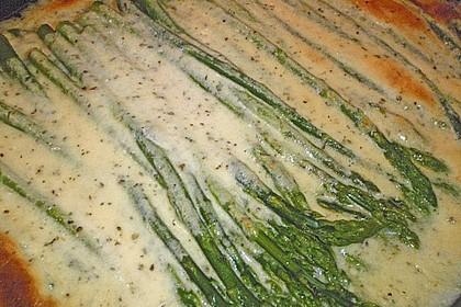 Albertos grüner Spargel mit Parmesancreme 76