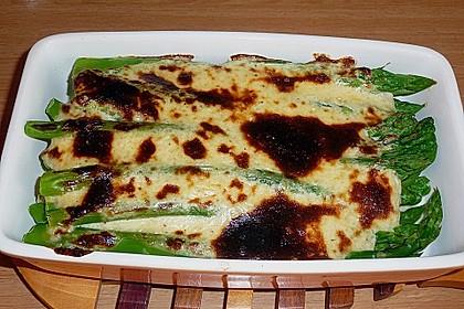 Albertos grüner Spargel mit Parmesancreme 51