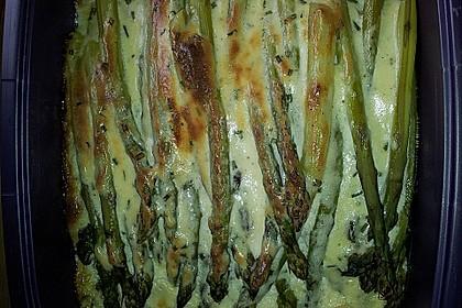 Albertos grüner Spargel mit Parmesancreme 80
