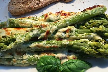 Albertos grüner Spargel mit Parmesancreme 1