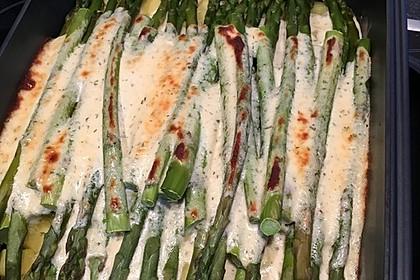 Albertos grüner Spargel mit Parmesancreme 21